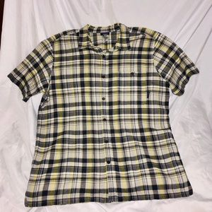 Patagonia shortsleeved button down shirt size Lrg